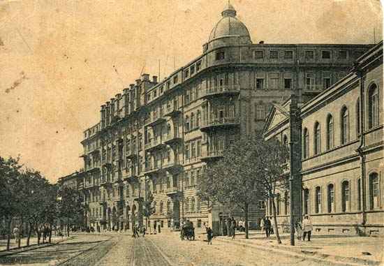 Old photo of central Baku, 1920s