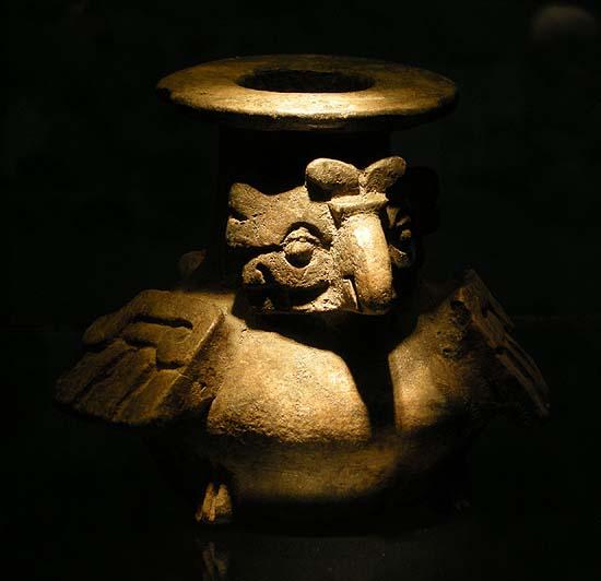 Berlin, Dahlem Museum, Mesoamerican ceramics: bird (owl)
