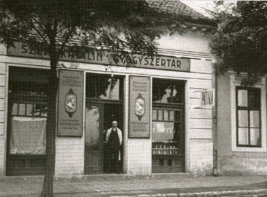 Budapest, Kőbánya, Saint Catherine pharmacy around 1920