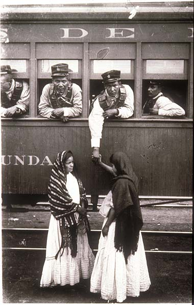 mexican-revolution-soldier-aboard-train-casasola-380.jpg