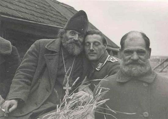 A Russian priest and a German officer at the beginning of the Blitzkrieg