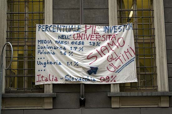 Torino, protest tacepao on the university