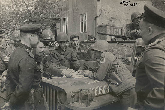 1945.04-1683-0_11bb8_486cca21_orig
